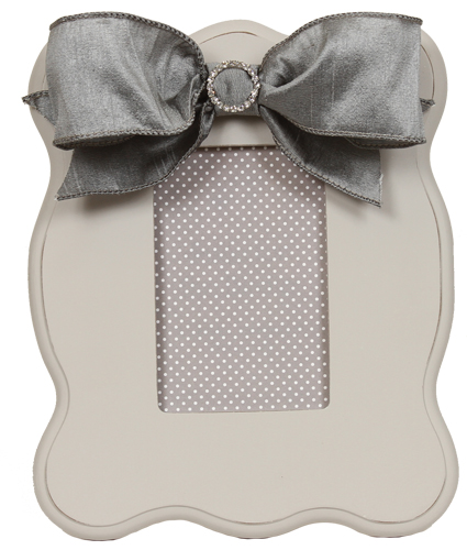 gray scalloped frame 803-G-