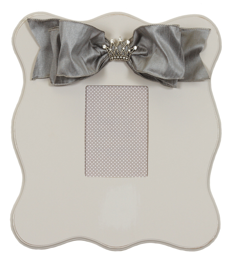 wall frame (gray scalloped) 823-G-